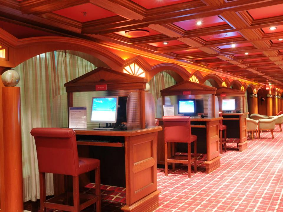 Carnival Cruise Internet >> Carnival Triumph Photos On Icruise Com