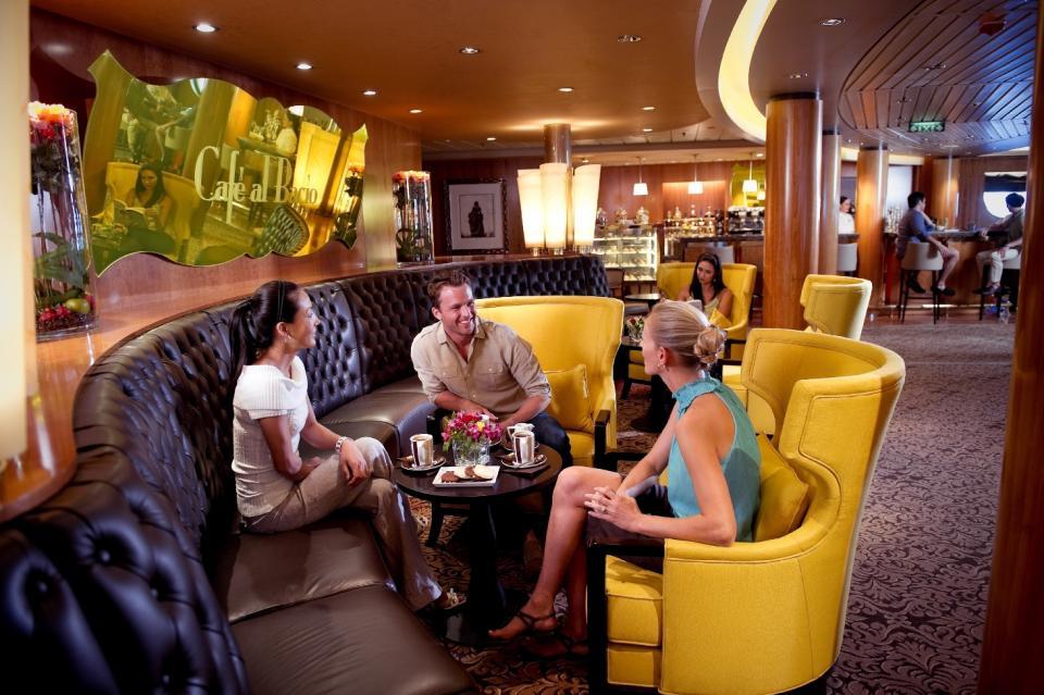 Cafe al bacio celebrity silhouette reviews
