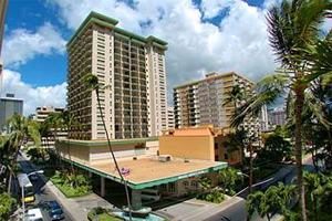 2 Nights Honolulu Hotel in the Heart of Waikiki
