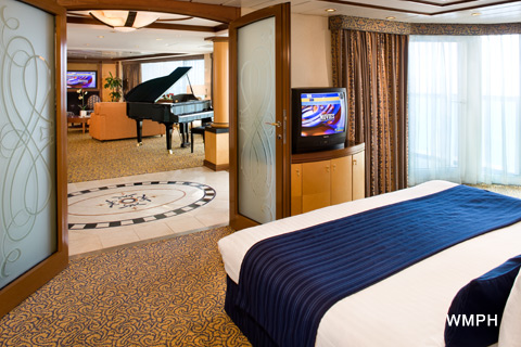 Jewel Of The Seas Cabin 1556 Category Rs Royal Suite 1 Bedroom 1556 On Icruise Com