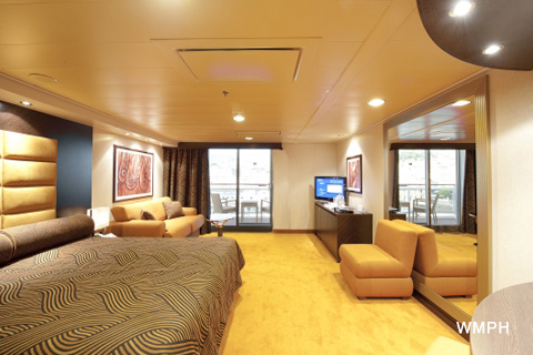Msc splendida cabin 9007 category s3 aurea suite 9007 for Deckplan msc splendida