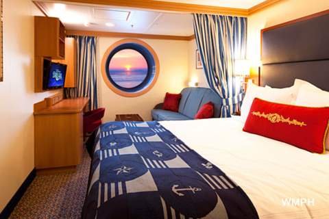 Disney dream cabin 7500 category 09c deluxe oceanview for Royal caribbean solo cabins