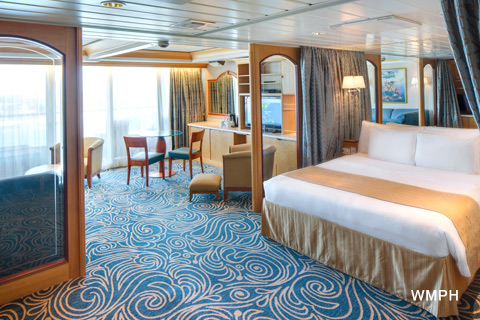 Grandeur Of The Seas Cabin 8004 Category Os Owner S Suite 1 Bedroom 8004 On Icruise Com