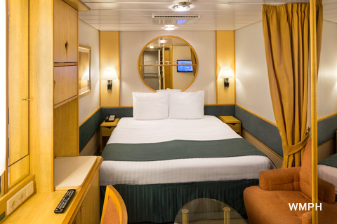 Rhapsody of the seas cabin 2009 category 3v interior for Rhapsody of the seas cabins deck 2