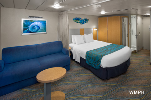 Harmony Of The Seas Cabin 11149 Category 1r Spacious Interior Stateroom 11149 On