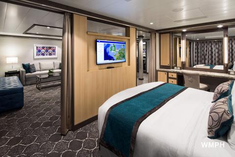 Resultado de imagen para symphony of the seas 2018 cabins