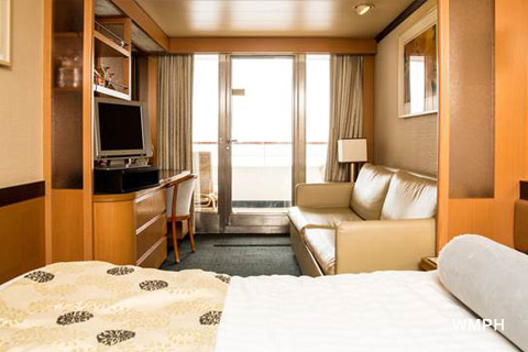 What is the deposit for celebrity cruises
