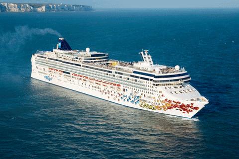 Night Bermuda Cruise On Norwegian Gem From Boston Sailing May - Cruises from boston to bermuda