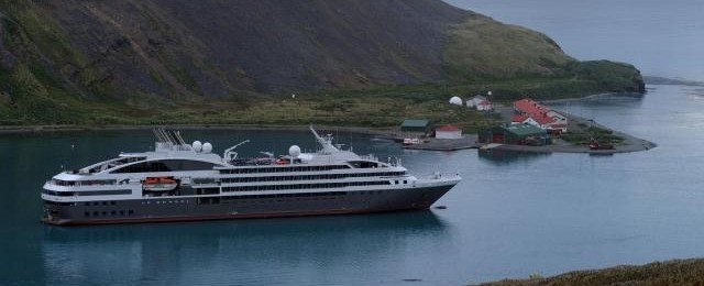 Ponant Cruises and Compagnie du Ponant Cruise Line Ships - 2buckhut.com