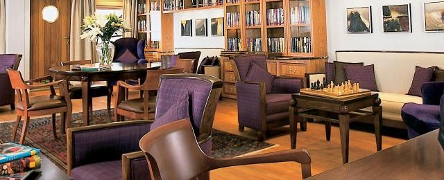 Sea Dream Yacht Club Library