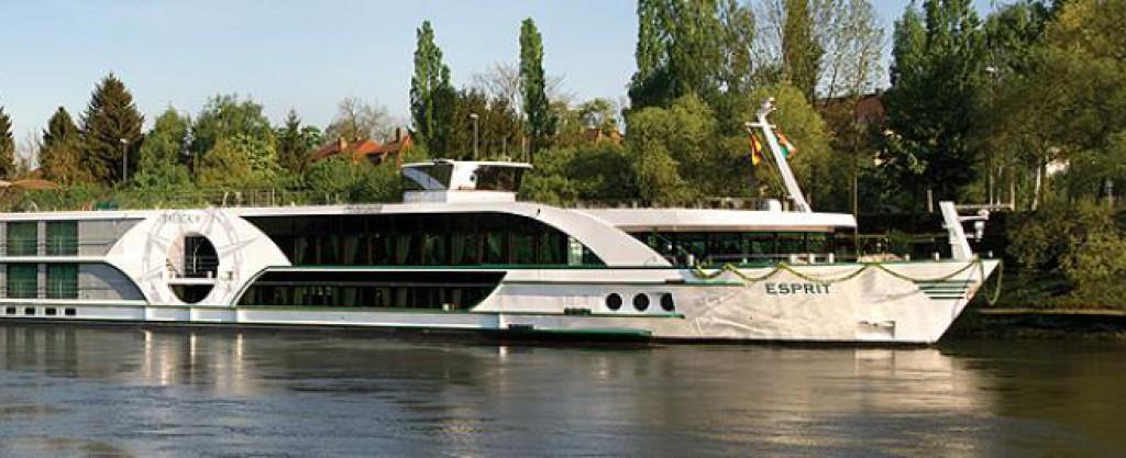 Esprit Cruise Ship - Tauck Tours Esprit on iCruise com